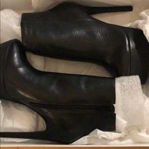 Steve Madden Deceitful Black Leather Boots